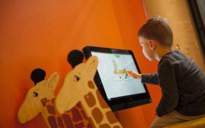 Digitale prentenboeken in de kinderopvang: hoe bevalt dat?